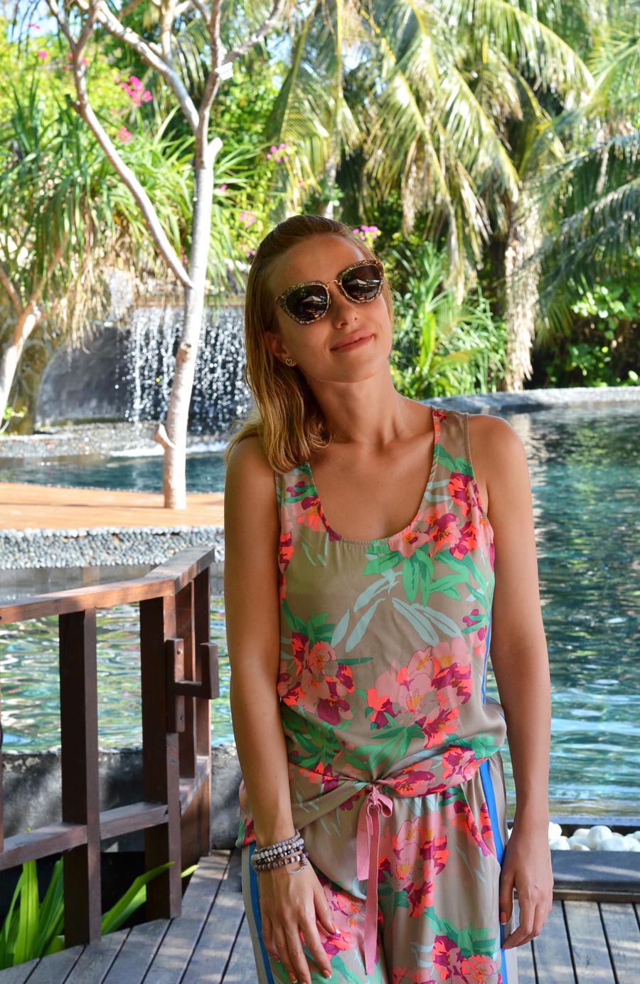 Tropical Paradise / Stasha Fashion Blog
