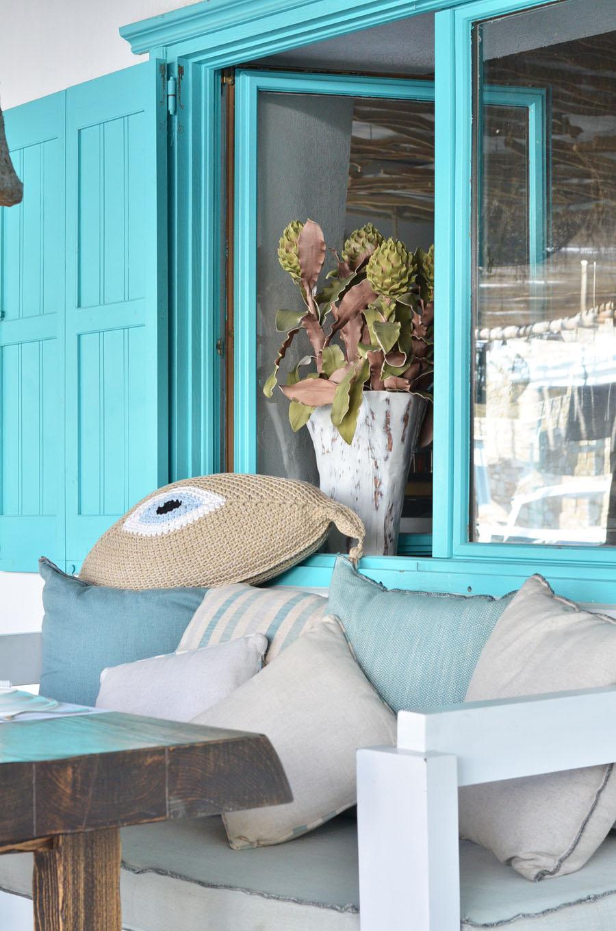 restaurant, Mykonos, Greece / Stasha Travel and Fashion Blog - self portrait