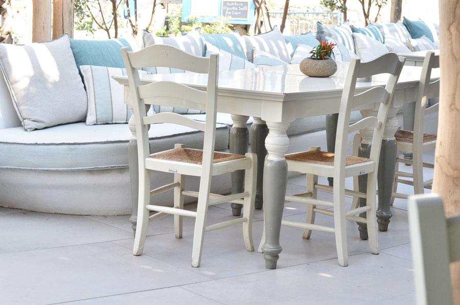 country table restaurant, Mykonos, Greece / Stasha Travel and Fashion Blog - self portrait