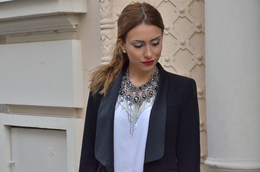 Women's tuxedo Outfit and red lips+ striking necklace / Stasha Fashion by Anastasija Milojevic