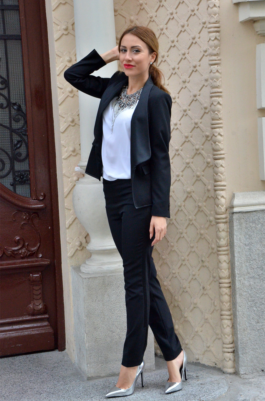What to wear for New Year's Eve: Women's tuxedo Outfit / Stasha Fashion by Anastasija Milojevic